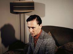 Tom Hiddleston by Desmond Muckian. http://www.desmondmuckian.com/celebrity/czeex7hyn9a4qenn9fsgsnvpljlae9