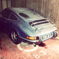 Porsche abandon