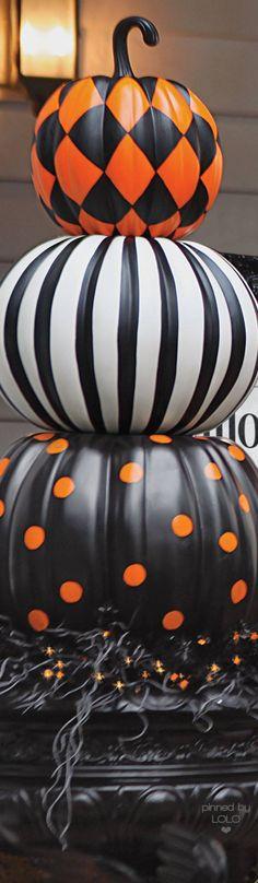 Grandin Road Halloween Stacked Pumpkins | LOLO❤︎