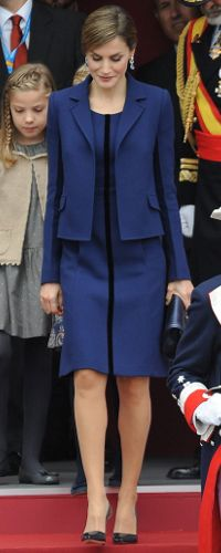 12 Oct 2015 - Queen Letizia attends National Day celebrations. Click to read more