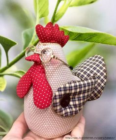 Photo Sewing Toys, Sewing Crafts, Sewing Projects, Hobbies And Crafts, Diy And Crafts, Arts And Crafts, Farm Crafts, Easter Crafts, Chicken Pattern