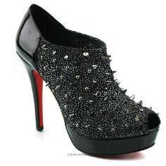 FAUX Christian Louboutin shoes!