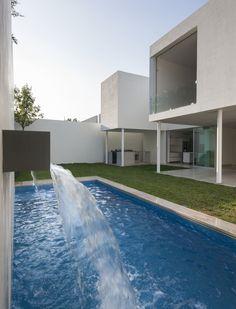 Image 5 of 17 from gallery of House / Miriam Torres Marcos. Photograph by Jorge Taboada San Pedro Garza Garcia, Interior Architecture, Interior Design, Mini Clubman, Lego, Villa, Floor Plans, House, Concept