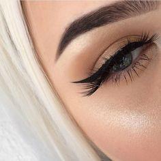 Beige shade makeup