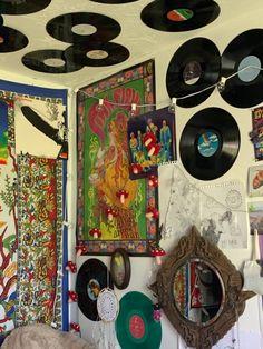 Indie Bedroom, Indie Room Decor, Funky Bedroom, Fairy Room, Room Ideas Bedroom, Bedroom Inspo, Bedroom Inspiration, Bedroom Decor, Hippy Room