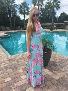 Happy Monday! Hope everyone had a fantastic weekend! It was so beautiful outside and I gave this Lilly Pulitzer maxi dress o...