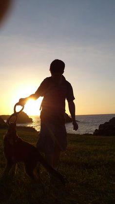 Atardecer perruno en Asturias   @ellaesfunk  Amaya Sánchez