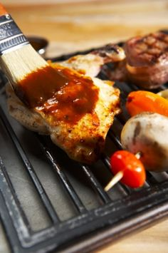 Beer Marinade for BBQ Barbecue Season makes for perfect family time at home! Amy Flowers Team Milton Real Estate - Milton Homes for Sale Rub Recipes, Great Recipes, Chicken Recipes, Favorite Recipes, Beer Marinade, South African Recipes, Ethnic Recipes, Bbq Gifts, Cooking With Beer
