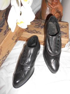 Chaussures anciennes 1890-1900