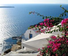 Ahh - stunning Greece  - just need to expand my business to Greece so I have an excuse to visit