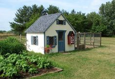 Shed hen house via Backyard Chickens