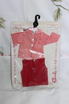 Vintage Sindy 2 piece outfit 1960's on original Made in England card