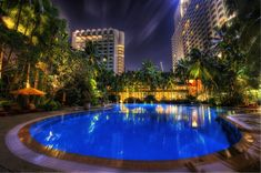 Singapore Hotel for Valentine's Day Shangri La Singapore, Shangri La Hotel, Night Swimming, Swimming Pools, Singapore Photos, Singapore Singapore, Hotels And Resorts, Relax, Day