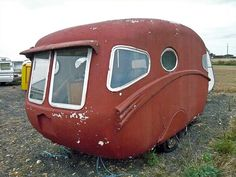Little camper trailer.