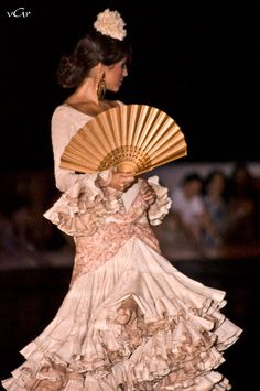 Moda Flamenca por Cayetano Rivera vía ¡Ay Maricrú!