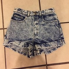 AA High Waist Denim Shorts These BRAND NEW WITH TAGS light wash high rise denim shorts from American Apparel are absolutely brand new! PRICE IS FIRM AND ABSOLUTELY NO TRADES! You're getting a good deal folks😋😉 #NWT American Apparel Jeans