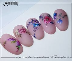 L'immagine può contenere: primo piano 3d Nail Designs, Elegant Nail Designs, Nail Polish Designs, Spring Nails, Summer Nails, Water Color Nails, One Stroke Nails, Nails Only, Flower Nail Art