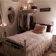 Small Bedroom Organization Tips Apartment bedroom decor, Small room bedroom, Urban outfitters room 15 Clever Storage Ideas for a Small Bedr. Urban Outfitters Room, Small Bedroom Organization, Organization Ideas, Closet Organization, Small Bedroom Storage, Storage Beds, Apartment Bedroom Decor, Bedroom Themes, Bedroom Colors