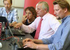 10.9.2013: Rudolf Hundstorfer (SPÖ) - mit Peter Draxler (Online), Daniela Kittner (Innenpolitik), Werenfried Ressl (Social Media)