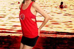 https://www.etsy.com/es/listing/245833609/camiseta-roja-con-espalda-nadador?ref=shop_home_active_1