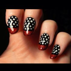 Today I have brought together a fabulous assemblage of nail art designs. Black color is very popular in nail art. Young girls like to apply black nail color quite often but it is quite … Cute Nail Art Designs, Nail Art Design Gallery, White Nail Designs, Simple Nail Designs, Easy Designs, Art Gallery, Fingernail Designs, Black And White Nail Art, Blue Nail