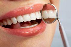 Melhore a saúde bucal com os alimentos certos