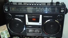Sanyo 4500 KE stereo radio recorder  With Short Wave Bands