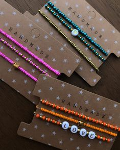 Seed Bead Jewelry, Cute Jewelry, Jewelry Crafts, Beaded Jewelry, Handmade Jewelry, Beaded Bracelets, Making Bracelets With Beads, Jewelry Making, Pulseras Kandi