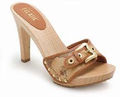 Vintage high heels clog