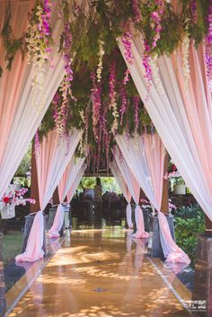 New Wedding Reception Entrance Decor Beautiful Ideas Wedding Reception Entrance, Wedding Hall Decorations, Decor Wedding, Wedding Scene, Table Wedding, Party Wedding, Wedding Bride, Wedding Walkway, Light Wedding