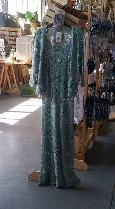 Lace, Dresses, Fashion, Gowns, Moda, Fashion Styles, Dress, Lace Making, Vestidos