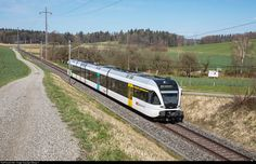 526 756 Thurbo RABe 526 at Ossingen, Switzerland by Georg Trüb Swiss Railways, Train Station, Switzerland, Planes, Trains, Electric, The Unit, Train, Airplanes