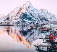 INTO THE WILD - an-adventurers: Lofoten Islands