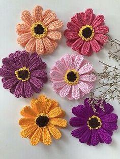 6 pieces in 1 set handmade crochet flowers. Crochet Motifs, Crochet Shawl, Crochet Doilies, Crochet Flowers, Crochet Patterns, Irish Crochet, Easy Crochet, Crochet Gifts, Crochet Toys