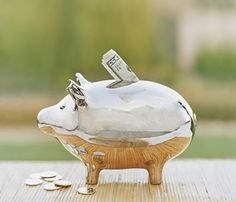 10 Easy Ways to Do a Spending Detox: Pay Yourself First #SelfMagazine