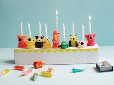 A whole menagerie of cute creatures makes for a playful #Hanukkah decoration. #Candy #Craft