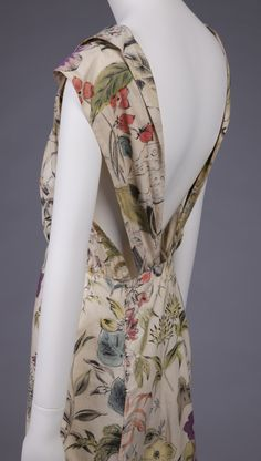 Elsa Schiaparelli France 1933 Printed cotton