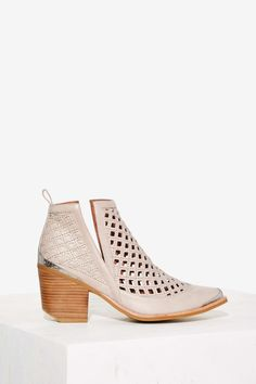 Jeffrey Campbell Cromwell-C Leather Bootie - Taupe   Shop Shoes at Nasty Gal!