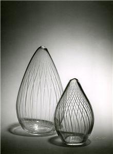 Uusi aika -verkkonäyttely Glass Vase, Home Decor, Decoration Home, Room Decor, Home Interior Design, Home Decoration, Interior Design