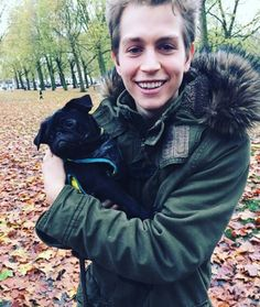 """""""Missing but is he missing moi? James The Vamps, Brad Simpson, Dog Heaven, New Hope Club, Romantic Movies, Wild Hearts, T Rex, My Sunshine, Cute Guys"""