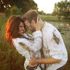When we were planning her engagement session @amyduggar had a crazy idea. I happen to love crazy ideas. Mud fight at sunset... We make a great team!