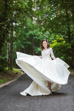 Stunning bride dress designed by Romana G. Greece Wedding, Prom Dresses, Wedding Dresses, Romantic Weddings, Bridal Portraits, Beautiful Bride, Designer Dresses, Wedding Day, Couture