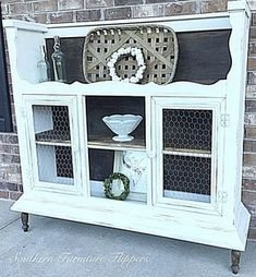 repurposed furniture I took the top of an old hutch, flipped it over and turned it into a beautiful cabinet Refurbished Furniture, Repurposed Furniture, Furniture Makeover, Refurbished Hutch, Repurposed China Cabinet, Handmade Furniture, Painted Furniture, Chair Makeover, Repurposed Items