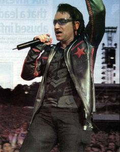 Request: Pictures From Slane 2001 - U2 Feedback
