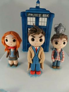 Doctor Who cake - The Sugar Plum Bakery by Tara Saphir
