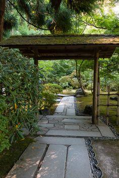 Stone Pathway & Gate, Japanese Portland, Oregon… - All About Japenese Garden, Japanese Garden Style, Portland Japanese Garden, Japanese Landscape, Chinese Garden, Japanese Architecture, Contemporary Landscape, Jacuzzi Pool, Pergola