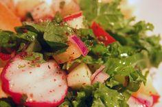 Salade fattouch de kale et de fruits sur Wikibouffe