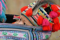 young Hmong baby being carried on his mothers back near Sapa Vie | Flickr - Photo Sharing!