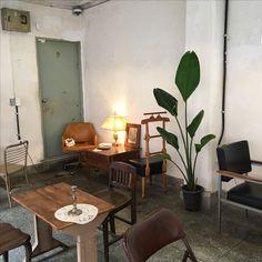 Coffee Shop Design, Cafe Design, House Design, Interior Inspiration, Room Inspiration, Aesthetic Rooms, Interior Decorating, Interior Design, N21