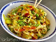 Rýžové nudle s kokosovým kari - Do 10 minut na talíři Tofu, Vegetarian, Ethnic Recipes, Asia